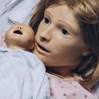 Child birth simulator mannequin