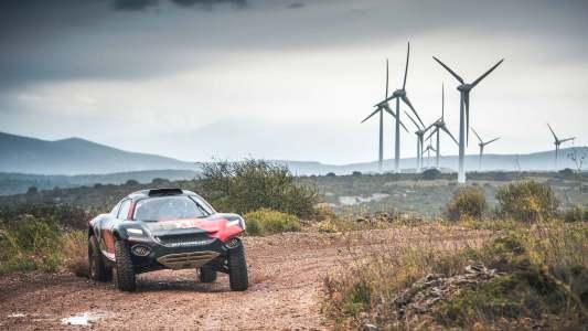 electric SUV racing