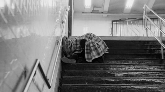 helping homeless people