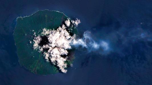 predict volcanic eruptions